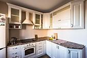 Кухонный гарнитур №230 МДФ-Фреза/бежевый. Цена: 55200 руб.