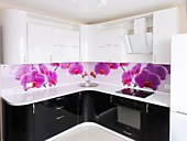 Кухонный гарнитур №209 МДФ - гнутый/глянец/белый/черный. Цена: 59700 руб.