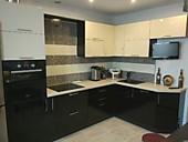 Кухонный гарнитур №223 МДФ/глянец/бежевй/белый/черный. Цена: 57300 руб.